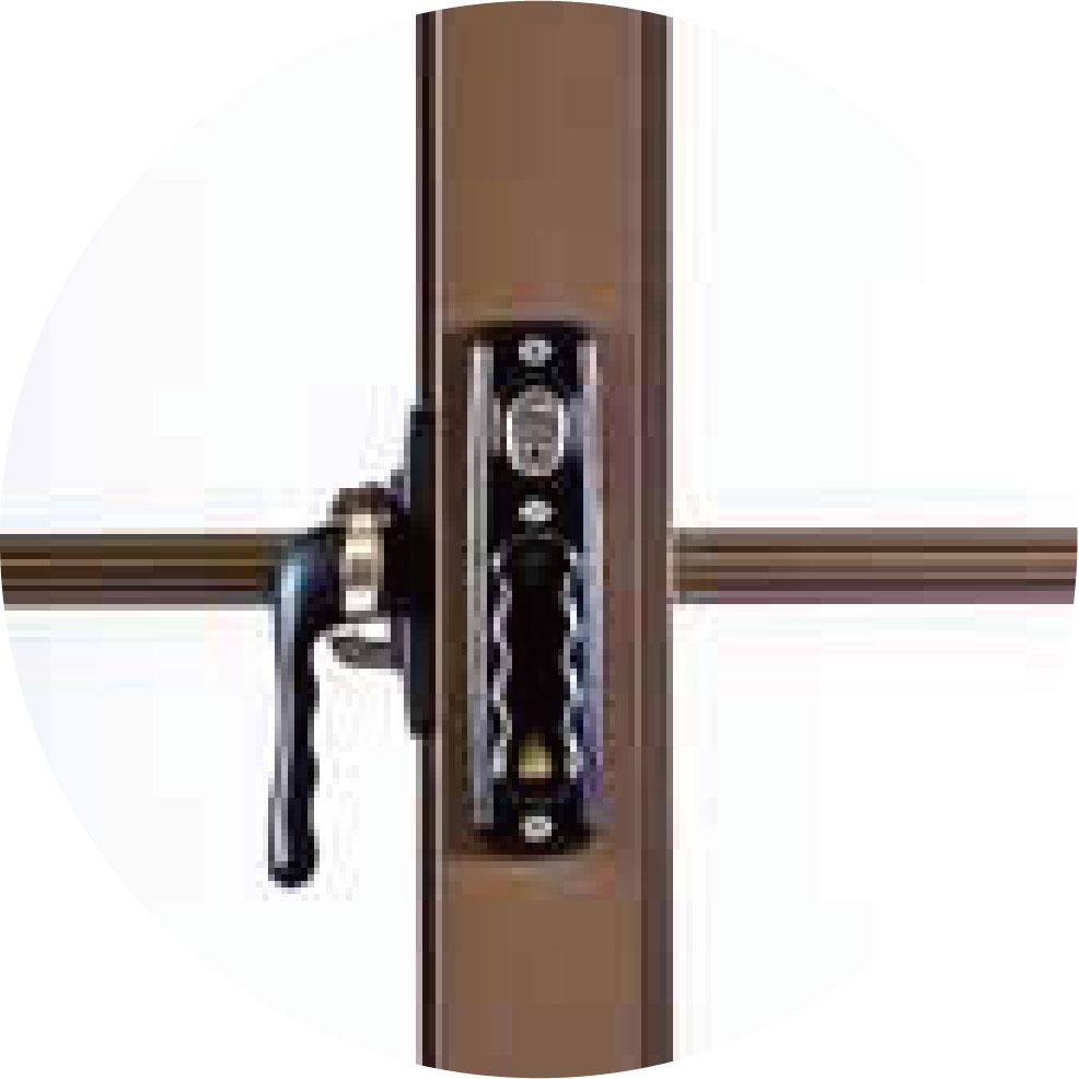 【 橫拉窗】內框防盜鎖,搭配不銹鋼穿梭管防盜設計, 內外兼顧是你最堅強的守護